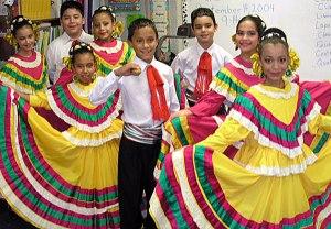 Elementary school  folklorico dancers